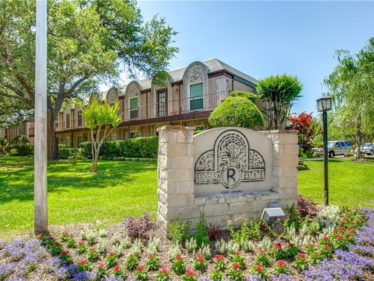 Ridglea Country Club Estates Homes