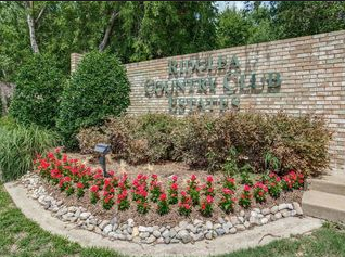 Ridglea Country Club Estates Neighborhood